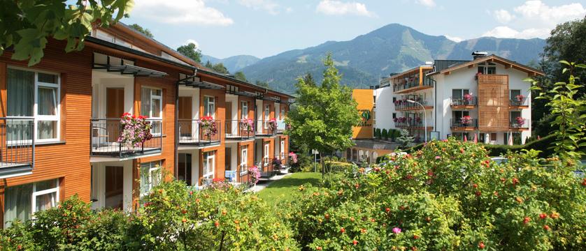 exterior-hotel-der-waldhof-zell-am-see-austria - Copy.jpg